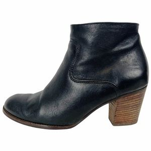 DEXTER Paul Green Black Leather Block Ankle Bootie
